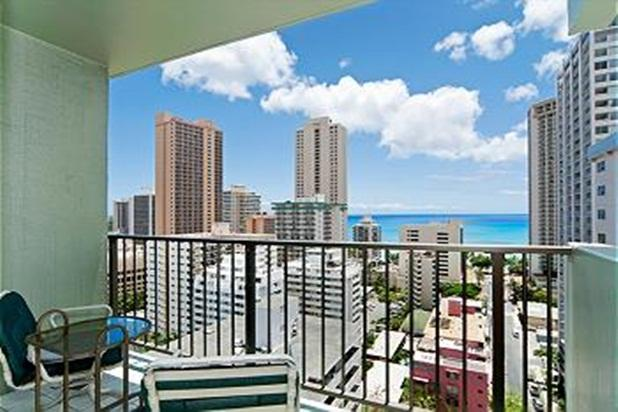 Ocean View Condo Close to Beach! Tons of Amenities - Image 1 - Honolulu - rentals