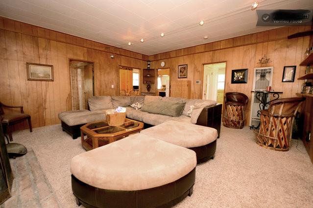 Living room - Myrtle Chalet, Big Bear City, Pets Friendly - Big Bear Lake - rentals