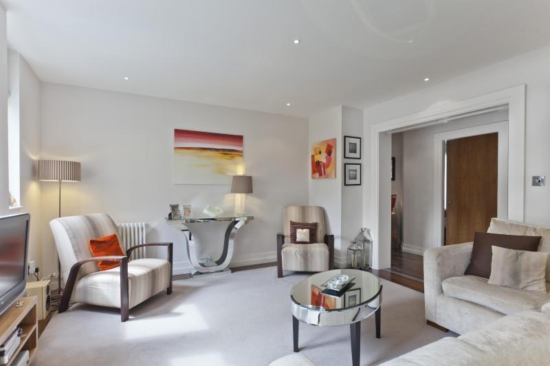 Kensington Gardens Square - Image 1 - London - rentals