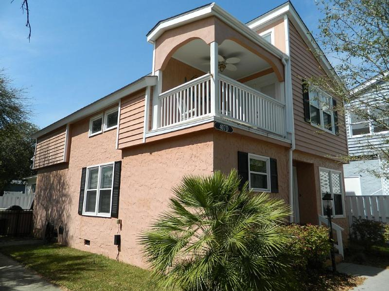 Beautiful color and view of home. - Beautiful Private Home w/ HotTub! Great Rates!! - North Myrtle Beach - rentals