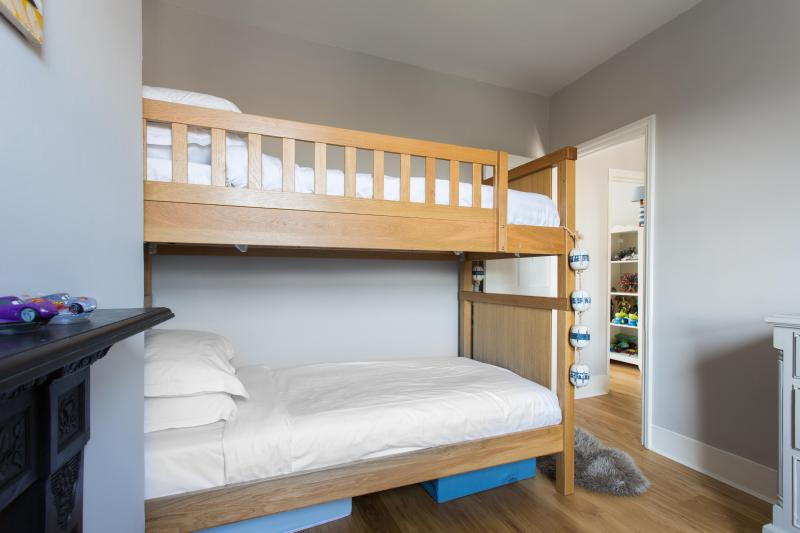 One Fine Stay - Marjorie Grove apartment - Image 1 - London - rentals