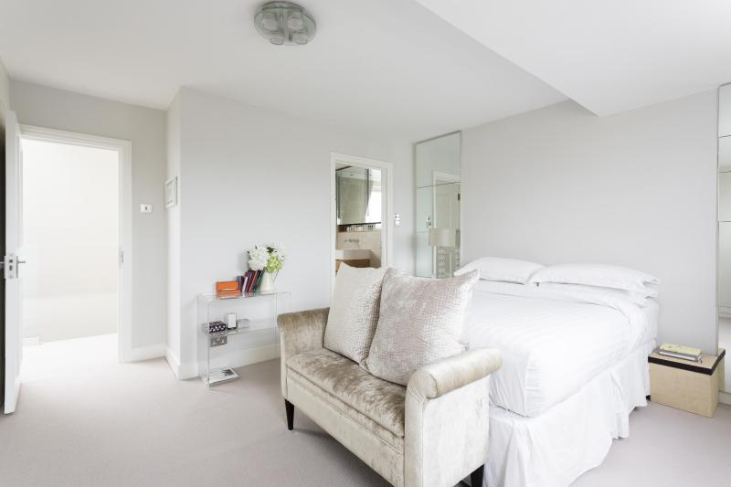 One Fine Stay - Oakley Street V apartment - Image 1 - London - rentals