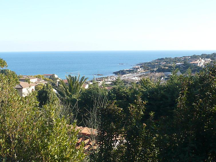 Family Friendly, French Riviera Villa with Pool, Near St Maxime, St Aygulf - Image 1 - Les Issambres - rentals