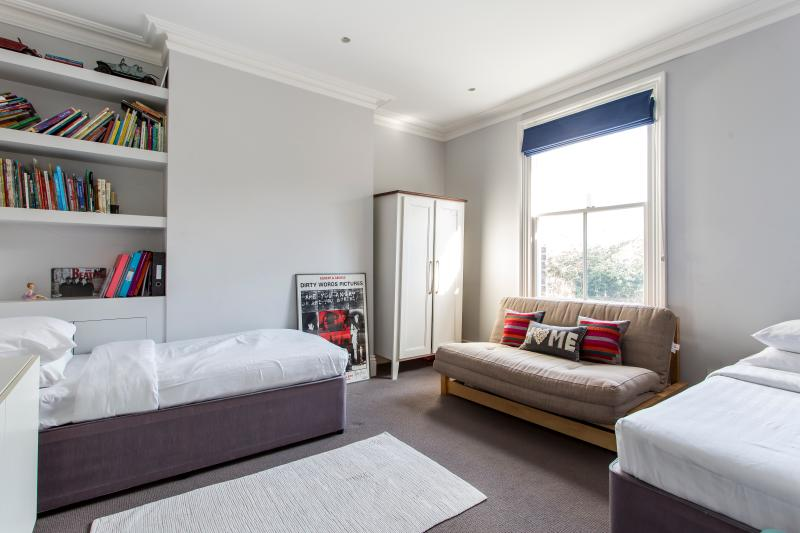 One Fine Stay - Rylett Road apartment - Image 1 - London - rentals