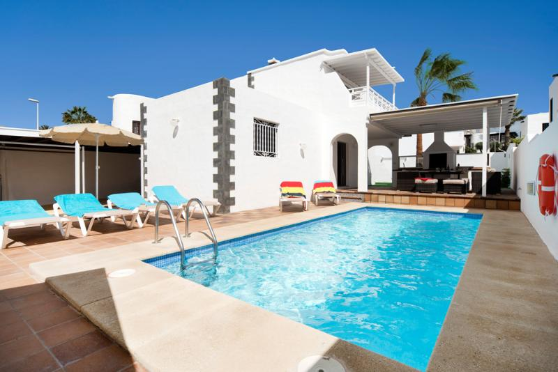 Villa LVC222099 - Image 1 - Puerto Del Carmen - rentals