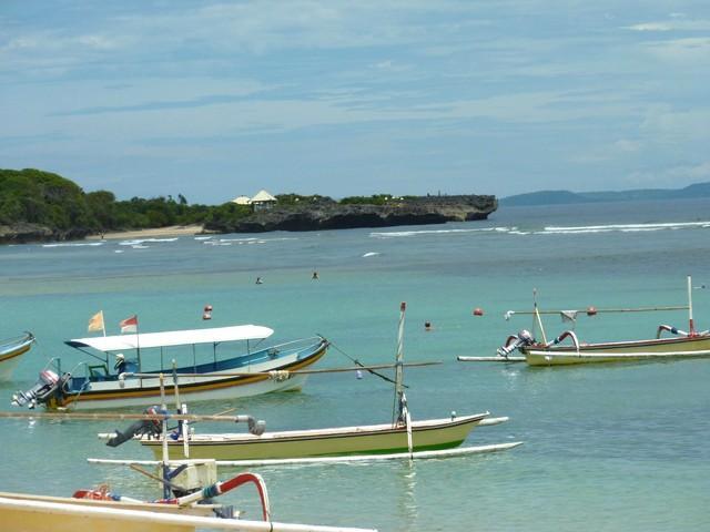 Clean white sandy beaches Mengiat Beach 5 minutes away. Spent the day enjoy much and a fresh coconu - Lemongrass Villa -White sand ,clean beaches- Relax - Nusa Dua - rentals