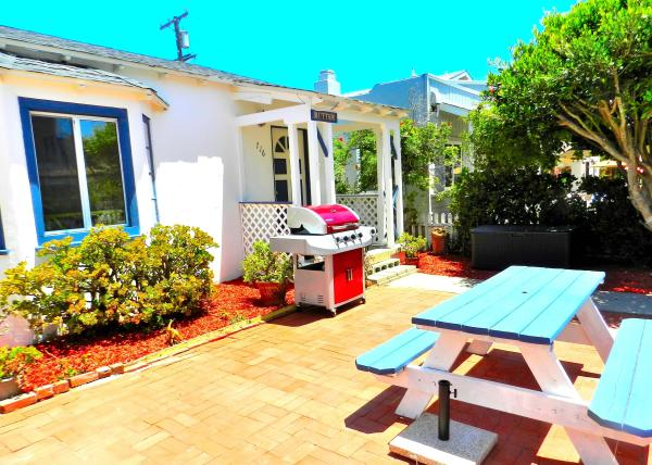 patio - Amazing 3 Bedroom, 1 Bathroom House in San Diego (716 Dover Ct.) - San Diego - rentals
