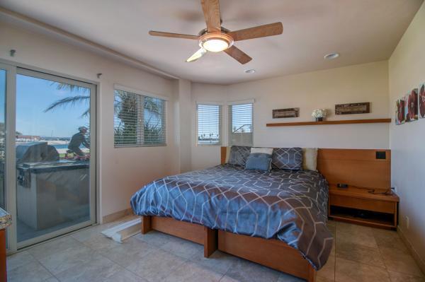 3670BSW-015 - 3670 Bayside Walk - San Diego - rentals
