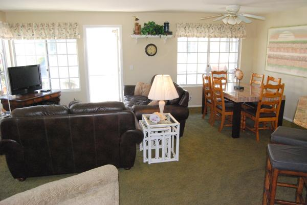 Living Room and Dining Room - 825 Seagirt Court - San Diego - rentals