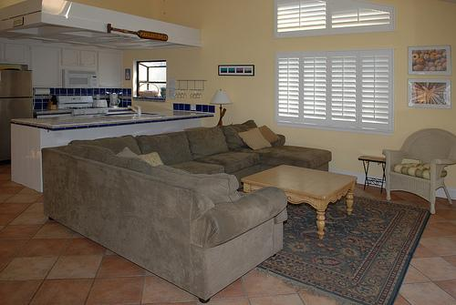 living room with kitchen - 844 Island Court - San Diego - rentals
