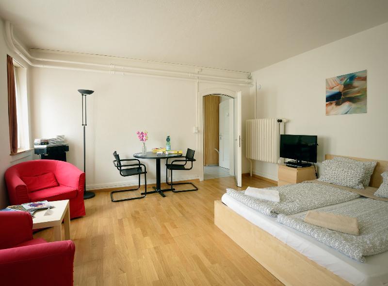 Garden Apartment 1 - Zuriberg - Image 1 - Zurich - rentals