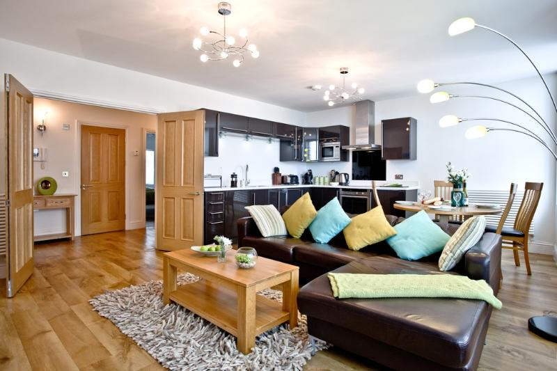 9 At the Beach located in Torcross, Devon - Image 1 - Salcombe - rentals