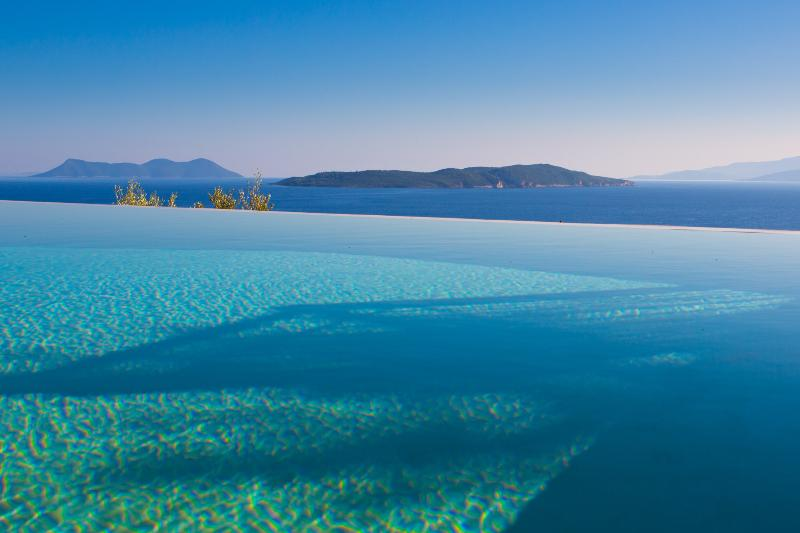 Unforgettable scenery and moments of relaxation in the swimming pool - Villa Portokali - Spacious, luxury villa with endless seaview - Sivota - rentals