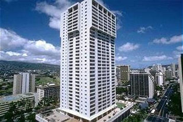 Charming Condo with Full Kitchen & Beautiful View - Image 1 - Honolulu - rentals