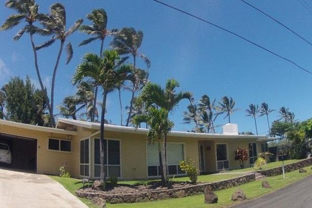 Ohana Terrace - w/ AC, huge yard, steps to beach, - Image 1 - Kailua - rentals
