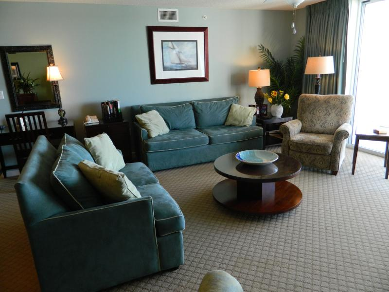 Bright open Living room! - Elegant & Spacious 3b/3b-Just Reduced! Call Now - North Myrtle Beach - rentals