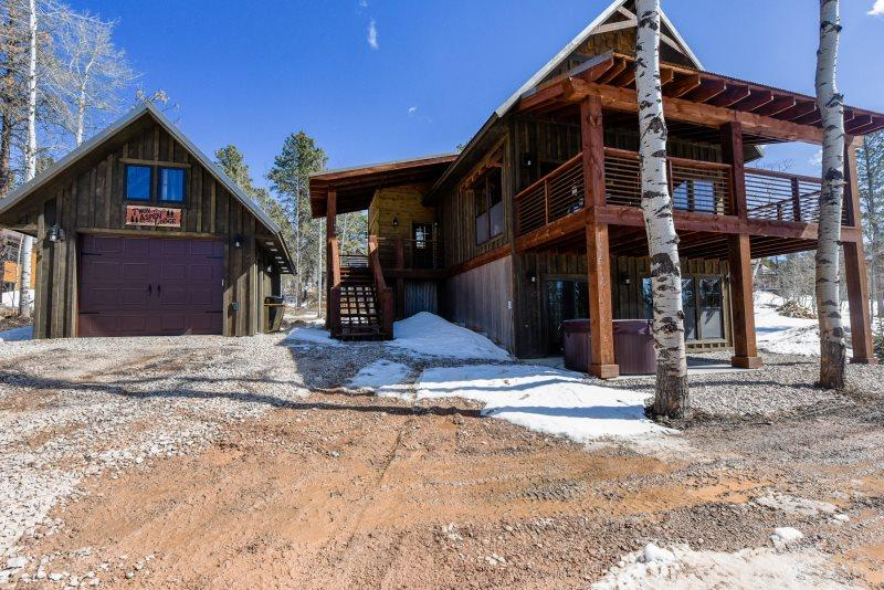 Twin Aspen Lodge - New Construction with private hot tub - Image 1 - Lead - rentals