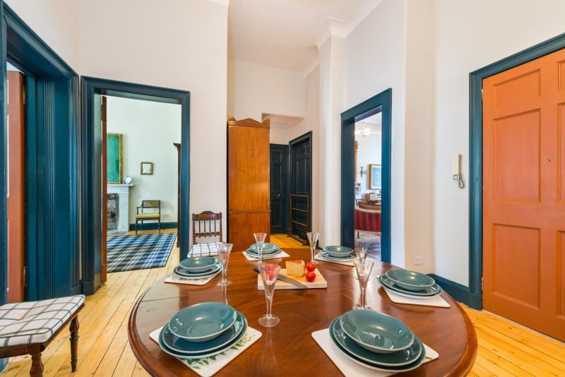 The heart of the house - Elegant Large One Bedroom Raised Ground Floor Flat with Secure Entry - Edinburgh - rentals