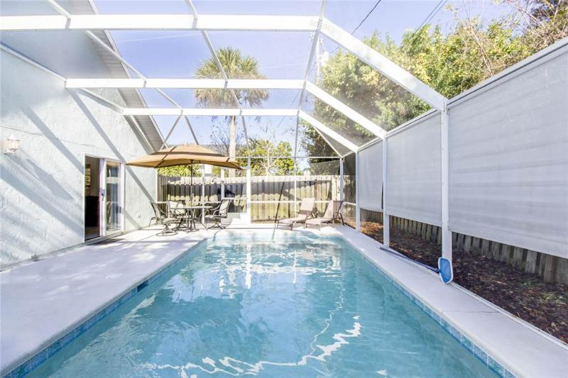 Avery's Beach Bungalow, 2 Bedrooms, Private Pool, Pet Friendly, Sleeps 7 - Image 1 - Saint Augustine - rentals