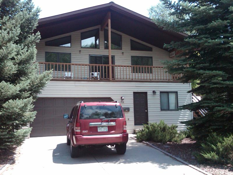 Our In Town Home is perfect for families and fun.  Walk to town, restaurants, hot springs and more. - In Town Glenwood Springs Hiking, Biking, FamilyFun - Glenwood Springs - rentals