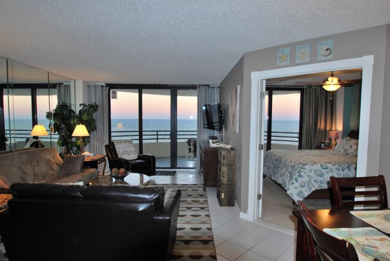 UPGRADED TOP FLOOR DIRECT OCEANFRONT PENTHOUSE - Image 1 - Daytona Beach - rentals