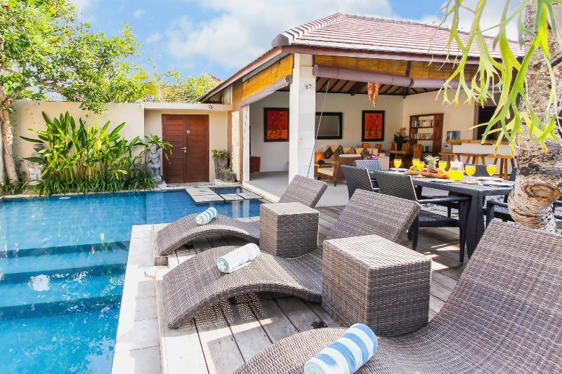 Villa 8 - Open-Air 3 bedroom Villas in Legian - Legian - rentals
