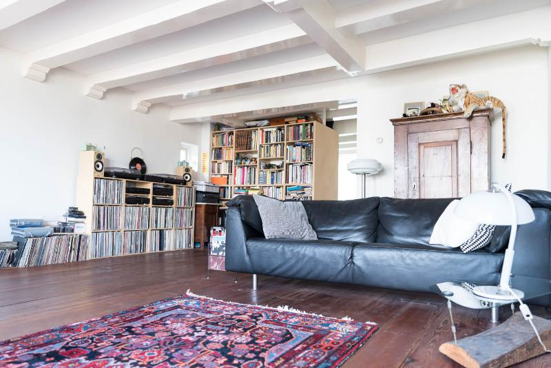 Amazing apartment on Nieuwmarkt  Amsterdam centre - Image 1 - Amsterdam - rentals