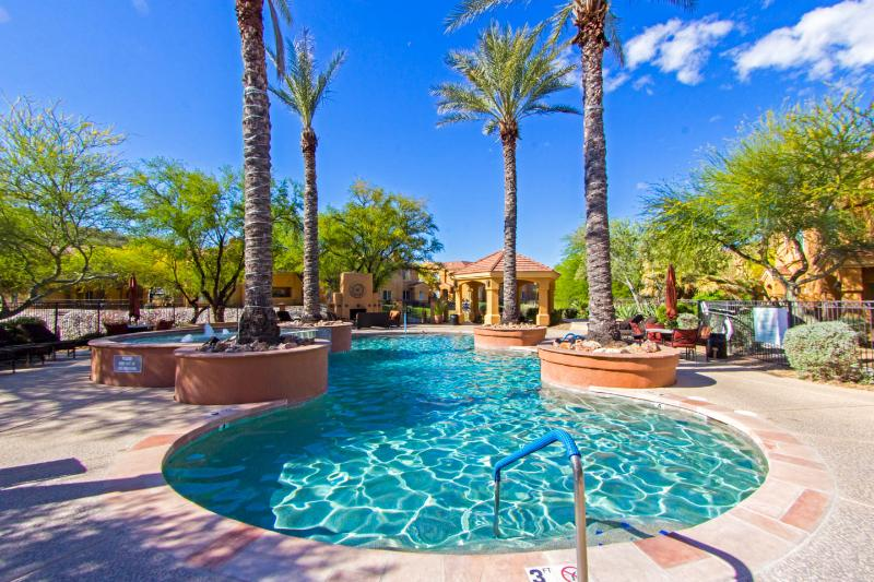 Heated community pool - 1 br newly furnished foothills condo, second floor - Tucson - rentals