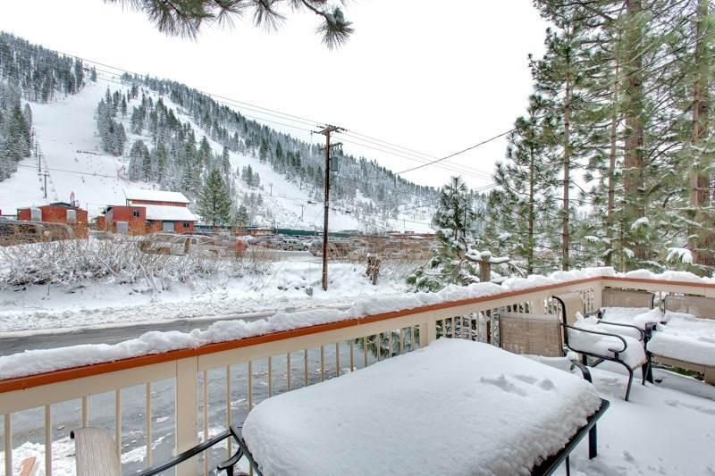 3851 Saddle Slopeside Ski Cabin - Image 1 - South Lake Tahoe - rentals