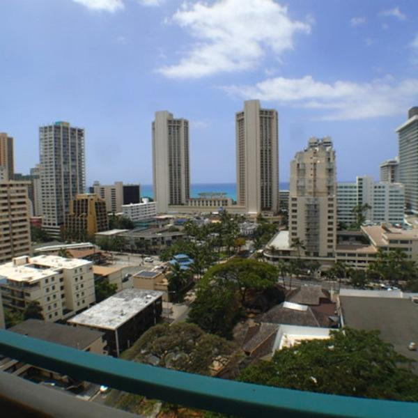 Waikiki Aloha Surf PH One Bedroom With Ocean View - Image 1 - Honolulu - rentals