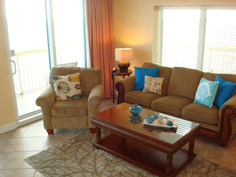 Wrap around views from this extra large floor plan, w/dual sliding glass doors - COASTAL OASIS FROM WINTER! 7th Flr, Corner Unit! - Panama City Beach - rentals