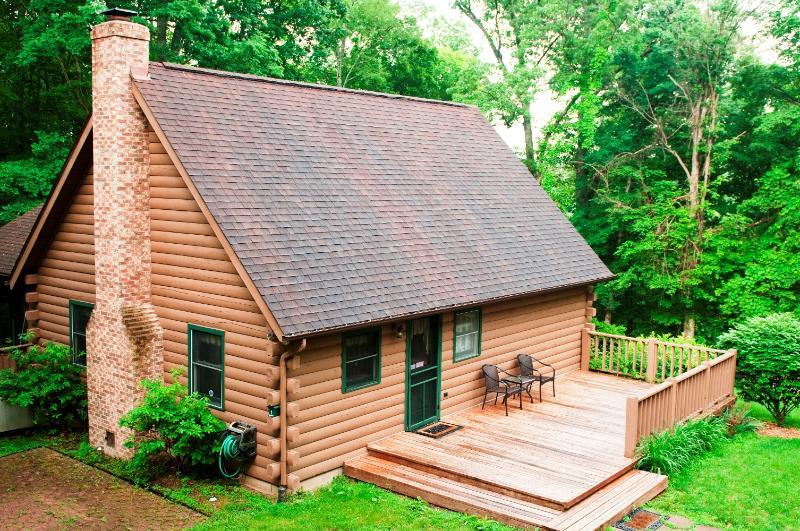Slice of Nature-Outside - Hocking Hills Cabin: Slice of Nature - Logan - rentals