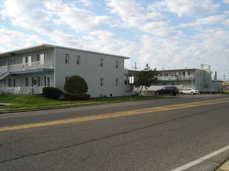 Seaspray Condo Unit #4 22899 - Image 1 - Ocean City - rentals