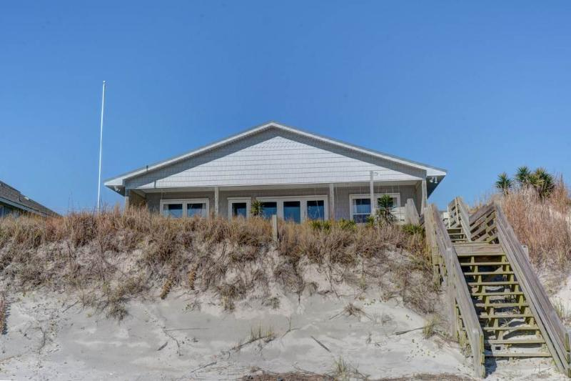 5 ON THE BEACH - Image 1 - Topsail Beach - rentals