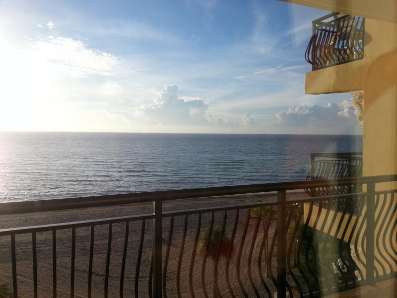 Full size apartment with Oceanfront view! - Image 1 - Hollywood - rentals