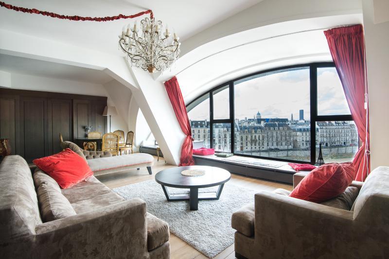 onefinestay - Quai des Célestins II private home - Image 1 - Paris - rentals
