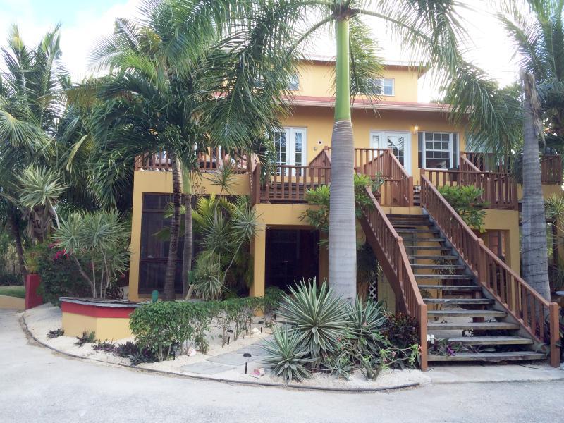 Front of ProvoVilla by Grace Bay. - ProvoVilla  Condo Grace Bay Turks & Caicos 2BD 2BA - Providenciales - rentals