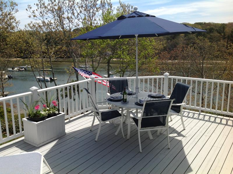 DINING SALT WATERFRONT! IT DOESN'T GET ANY BETTER - The Chatham Salt Waterfront Home-Beach and Boating - Chatham - rentals