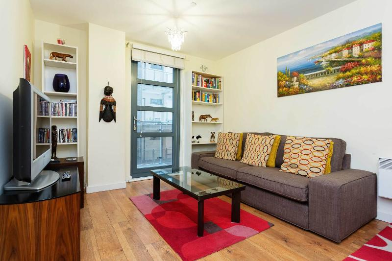 A fresh apartment near the City - Image 1 - London - rentals