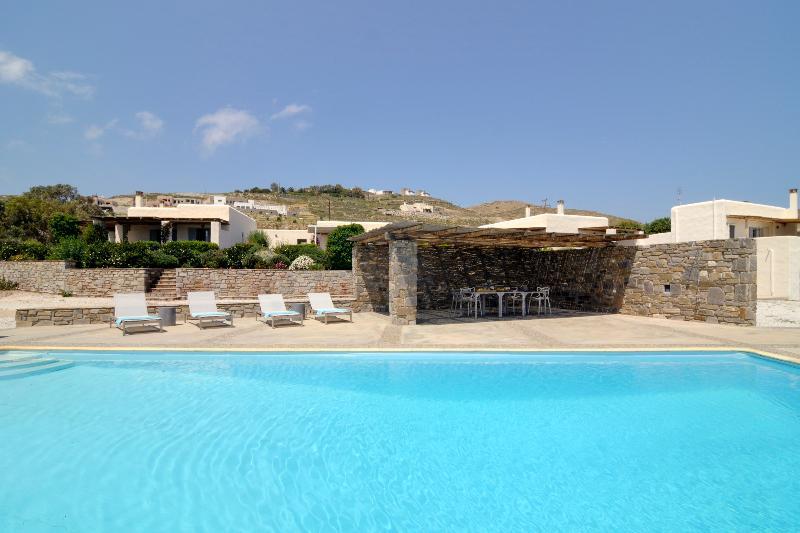 Villa Aphrodite - Image 1 - Paros - rentals