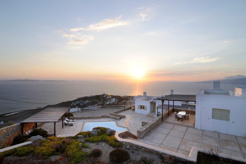 Villa Tacis - Image 1 - Mykonos - rentals