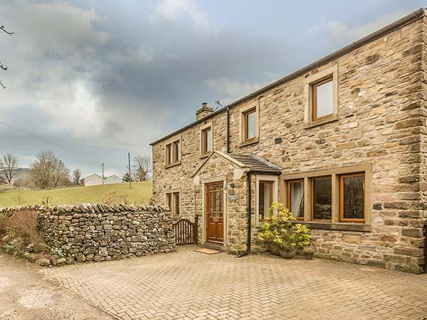 HORTON SCAR HOUSE, luxurious property, fabulous views, walks from the door, Horton-in-Ribblesdale, Ref 932839 - Image 1 - Horton-in-ribblesdale - rentals
