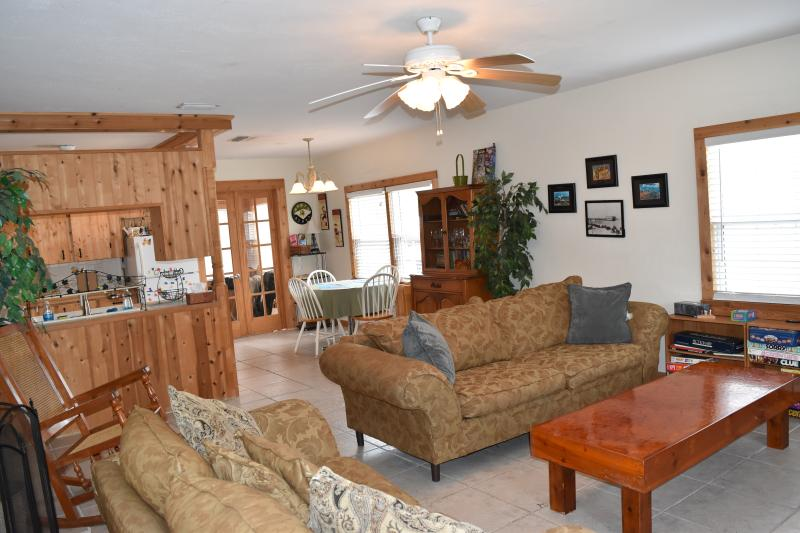 Family time in our open floor plan home. - 1 block from the BEACH!! Great Summer Rates. - Daytona Beach - rentals