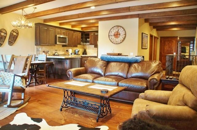Val d'Isere Getaway - Listing #211 - Image 1 - Mammoth Lakes - rentals