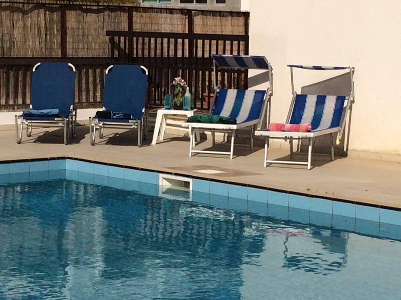 Relax by the pool - Family-friendly 4 bed villa, large pool & WIFI - Paralimni - rentals