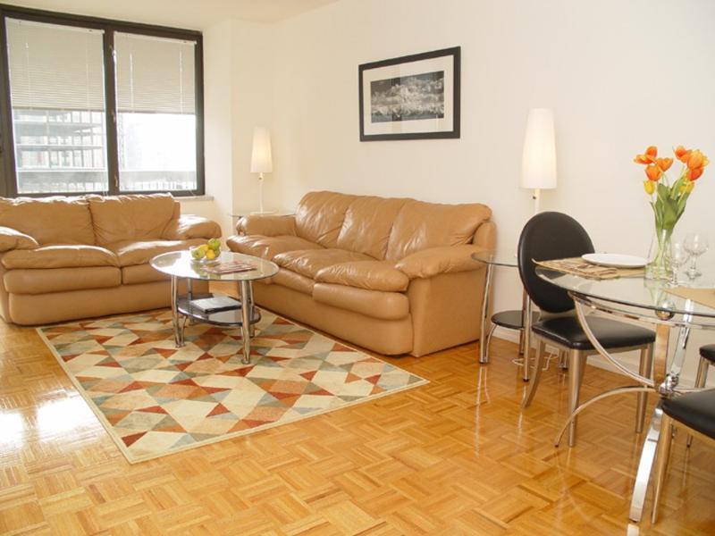 COZY, CLEAN AND SPACIOUS 2 BEDROOM, 2 BATHROOM APARTMENT - Image 1 - New York City - rentals