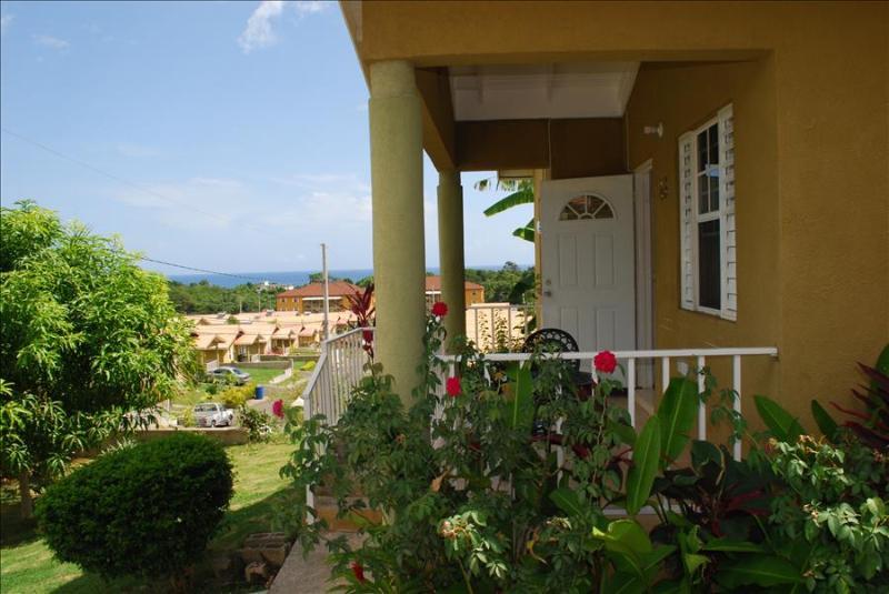 Emerald Villa 24 hrs Security 10 Mins from Ocho Rios - Image 1 - Ocho Rios - rentals
