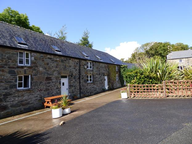Ty Cwrdd, Gellifawr Cottages - Image 1 - Fishguard - rentals