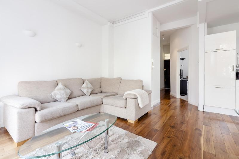 One Fine Stay - St Mary's Terrace apartment - Image 1 - London - rentals