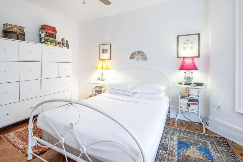 onefinestay - Lefferts Avenue apartment - Image 1 - Brooklyn - rentals